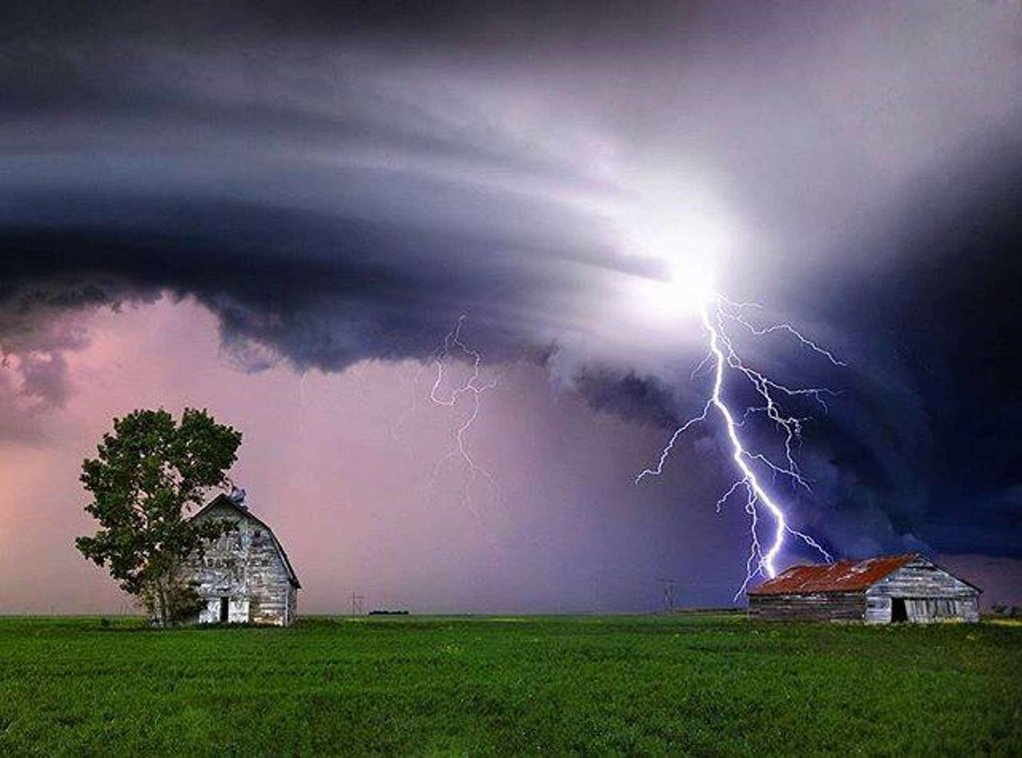 Lightning33333